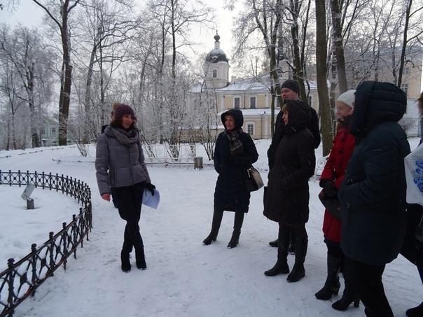 Говорите на иностранном языке? Любите Петербург? Хотели бы узнать больше о его истории, достопримечательностях, музеях,... Санкт-Петербург