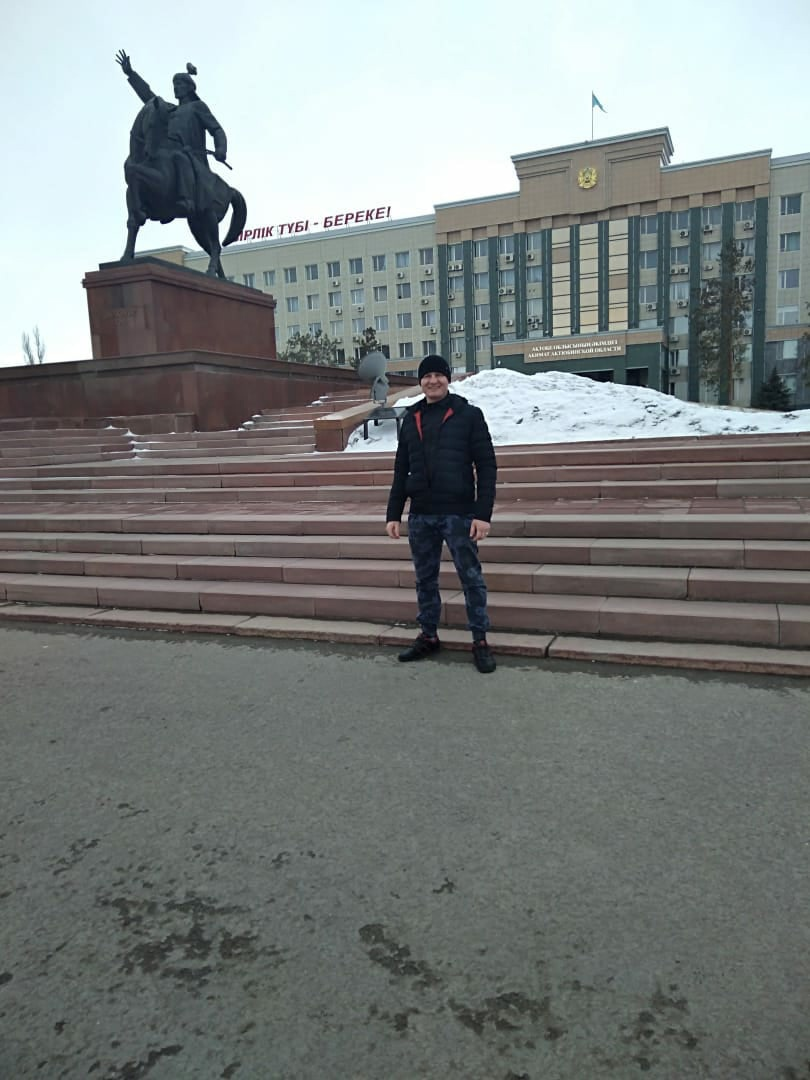 Олег, 25, Astana