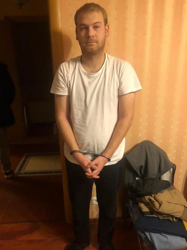 В Петербурге сотрудники Следственного комитета разыскивают жертв двух мужчин, об...