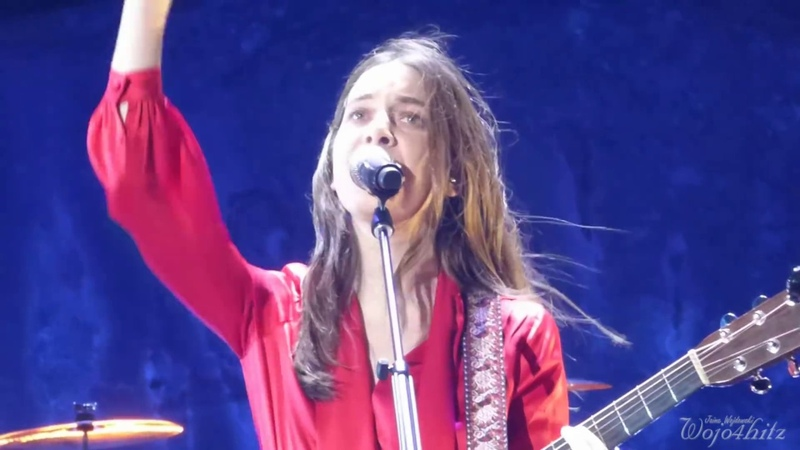 715 HAIM - Danielle Finally Contributes to Want You Back @ Red Rocks Amphitheatre, CO 52818
