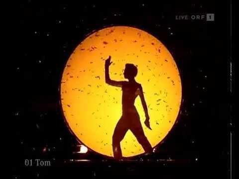 Tom Neuwirth (Conchita Wurst) - Goldfinger