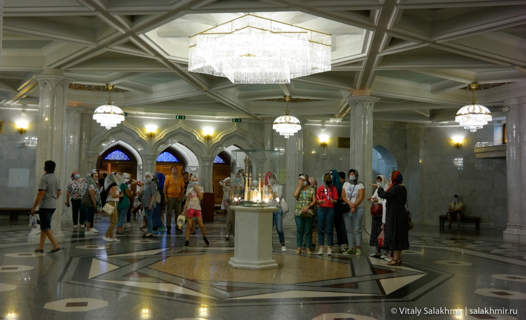 Мечеть Кул-Шариф в Казани изнутри 2020