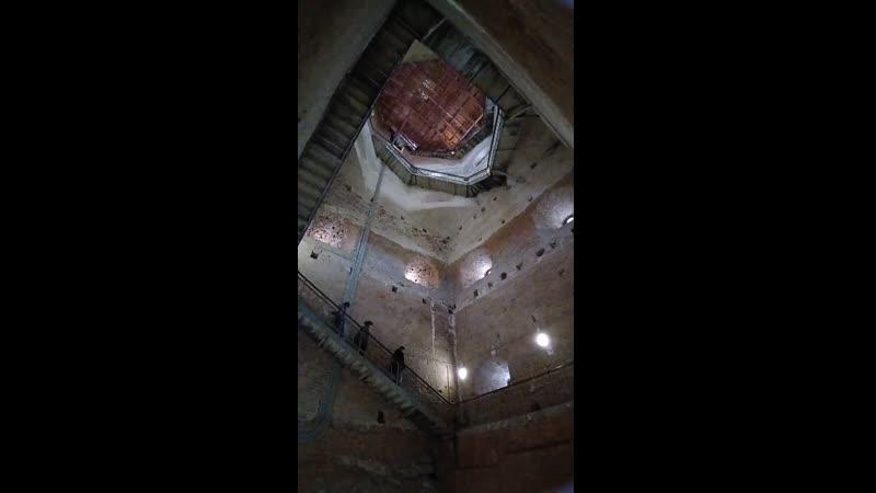 Выборг 2020 Лестница в башне спуск