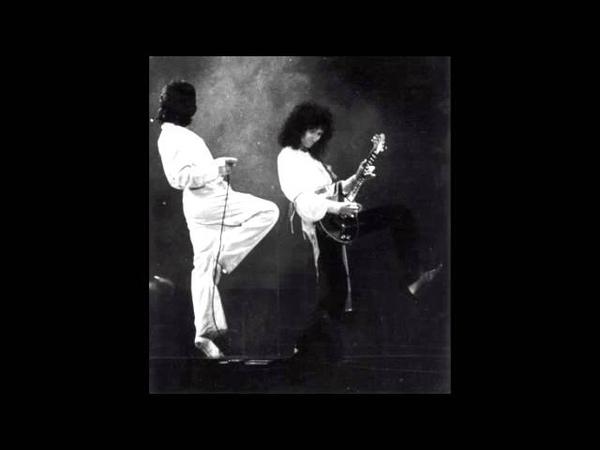 22 I'm A Man Queen Live In Rotterdam 5 17 1977