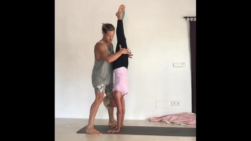 Anuraag Vassallo Ashtanga yoga super star
