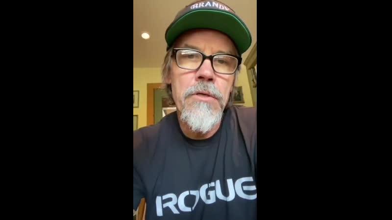 Видеопоздравление от Джоша Бролина