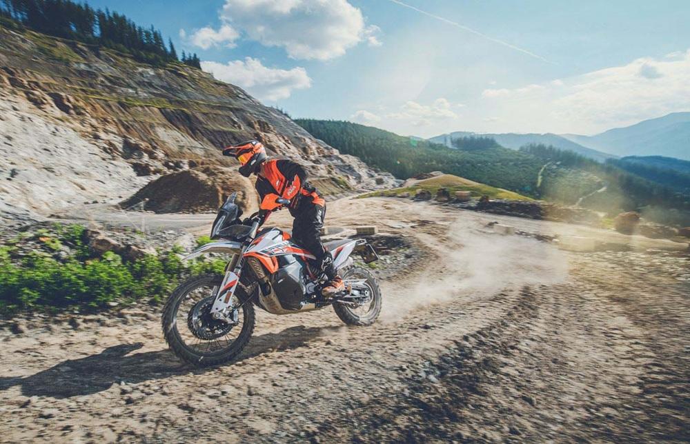 KTM 890 Adventure R 2021 неожиданно представили + Rally Edition