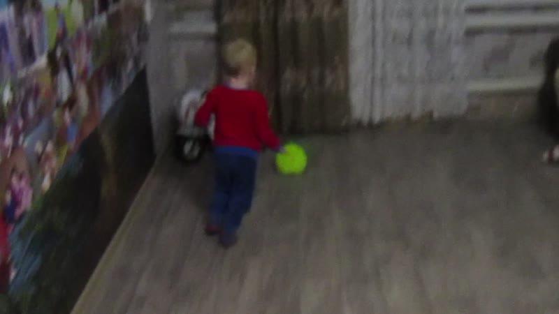 Внук футболист.