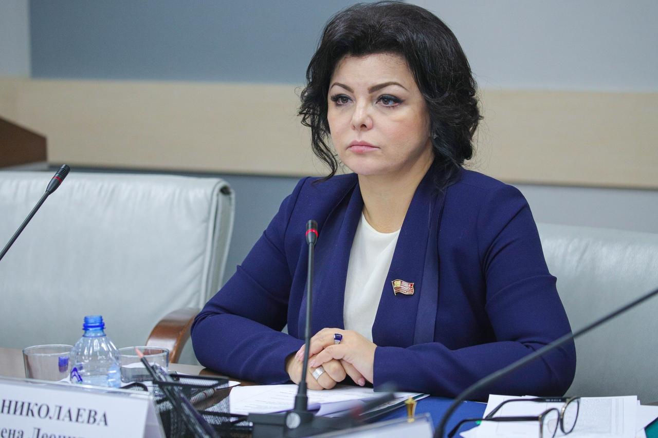 По мнению депутата ГК, ЖК и ГрК РФ создавались организациями за счет Госдепа или агентства США по международному развитию
