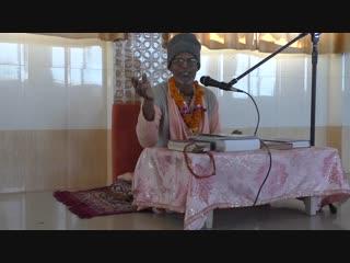 Бв Гири махарадж уч Бв Нараян и саньяса гуру Бв тиртха м - зажигает